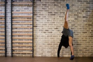 Evo Fitness Tutorial: Handstand