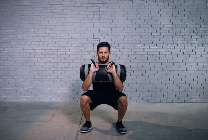 EVO Fitness: core bag squat