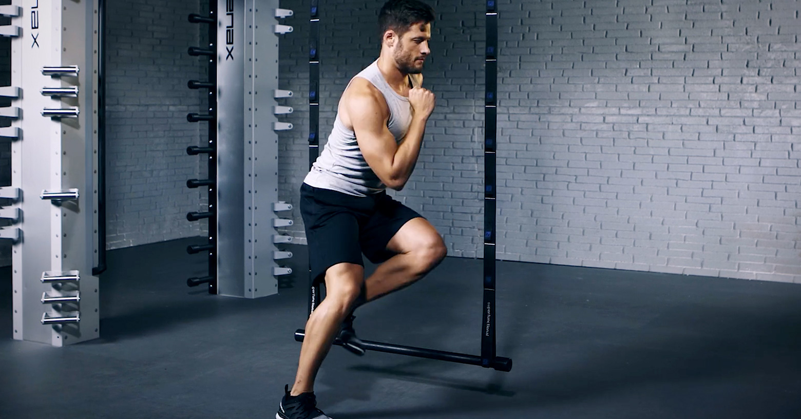 Lateral jumps - Seitliche Sprünge - Sauts latéraux - EVO Fitness