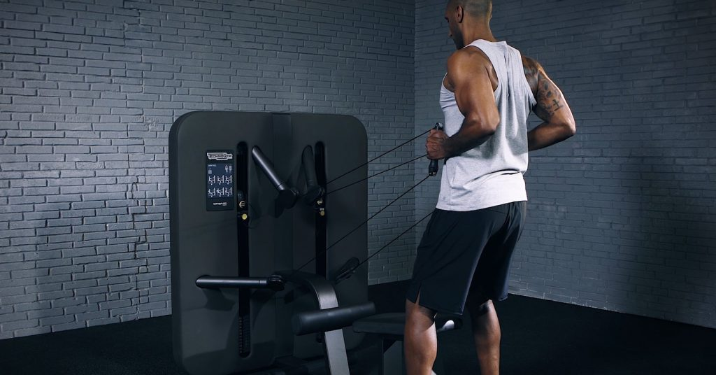 Standing low pull - Low Pull debout - EVO Fitness