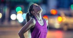 Zurück zu den Wurzeln: Hier sind vier natürliche Bewegungen, die du jeden Tag üben solltest