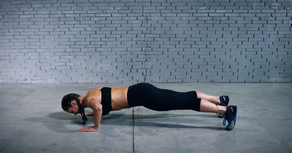 Push-up hold - Pompes soutenues - EVO Fitness