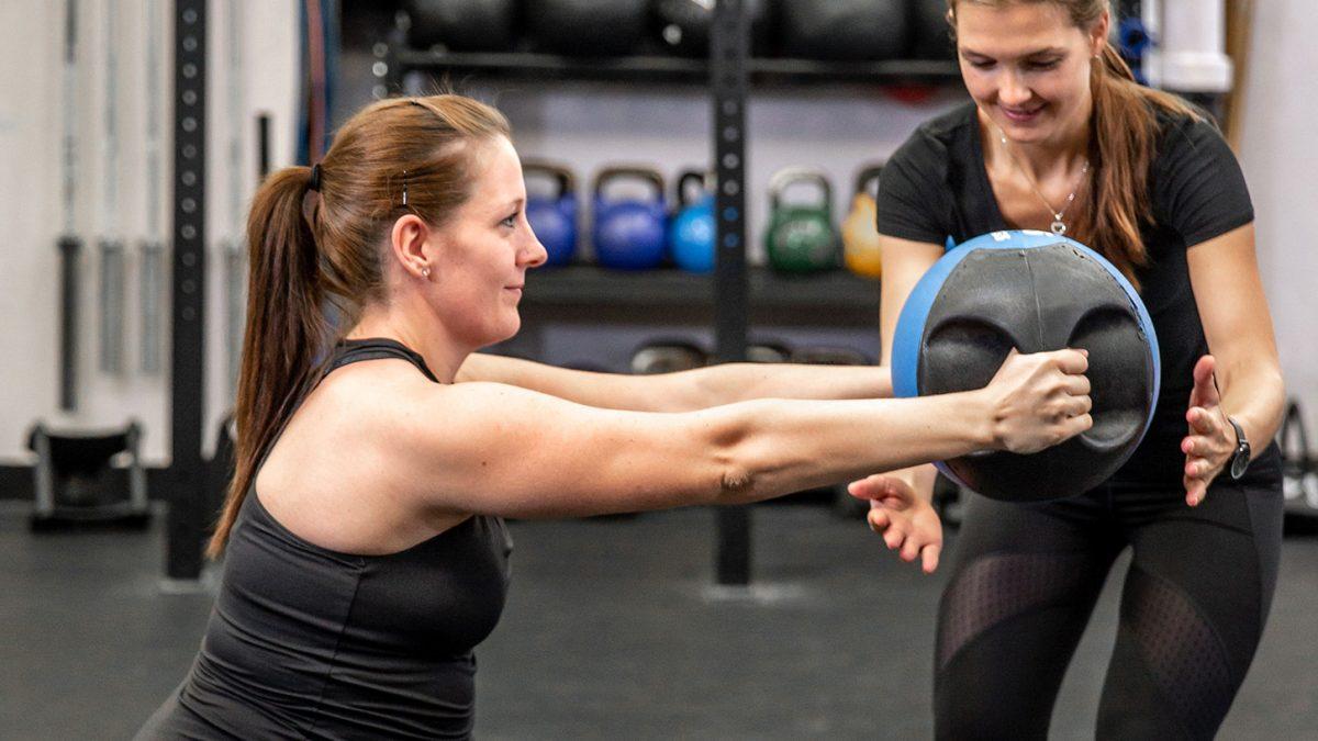 Pregnancy functional training - Funktionelles Training nach der Schwangerschaft - Entraînement fonctionnel grossesse - EVO Fitness