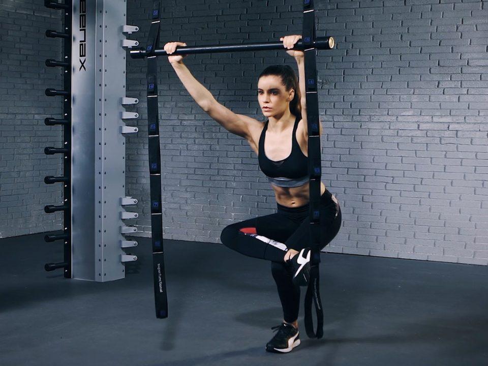 glute stretch - étirement des fessiers - Gesäßmuskel-Dehnung - EVO Fitness
