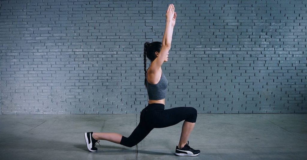 jumping lunge |
